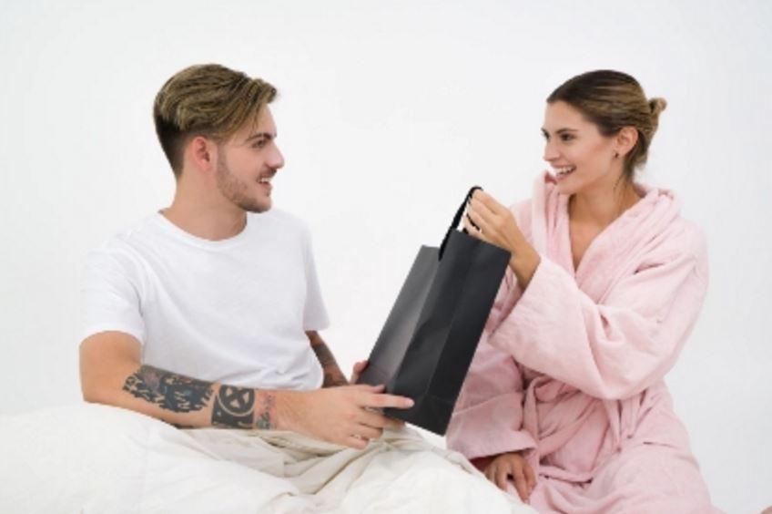 女朋友or前女友无缘无故闹情绪闹分手 怎么又在一起?