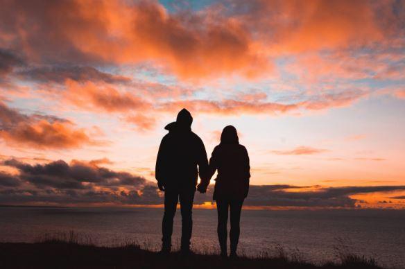 婚外情分手后要做朋友,双方在一起的概率有多大