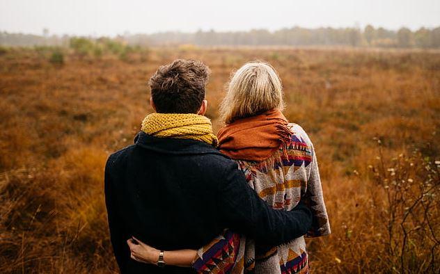 男朋友以前私生活混乱,我不能接受,怎么改变?