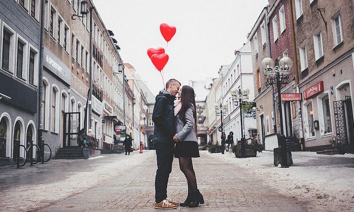 老公对我不关心,我想离婚但又舍不得,我该怎么做?